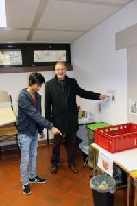 Hadi Djafar und EKB Betschel Mülltrennung in Fauerbach
