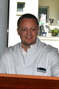 Dr. Dominik Georg Haider ist Chefarzt in der Kurpark-Klinik. (Foto: Petra Ihm-Fahle)
