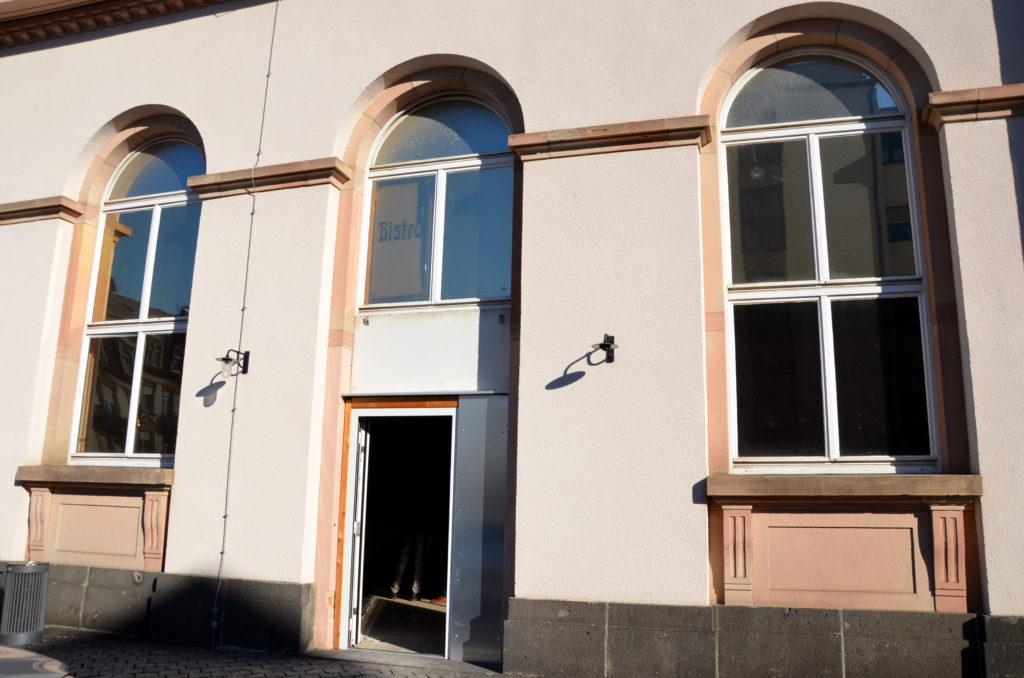 Die Freien Wähler wollen einen Kulturbahnhof (Bild). Doch nach Ansicht der anderen Fraktionen bietet der Sprudelhof mehr Möglichkeiten für ein Kulturzentrum.  (Bild: Petra Ihm-Fahle)