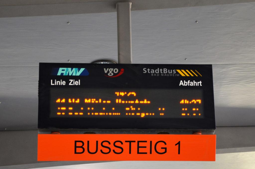 Die Fahrpreise sind laut SPD kein guter Anreiz, um vom Auto auf den Stadtbus Bad Nauheim umzusteigen. (Bild: Petra Ihm-Fahle)
