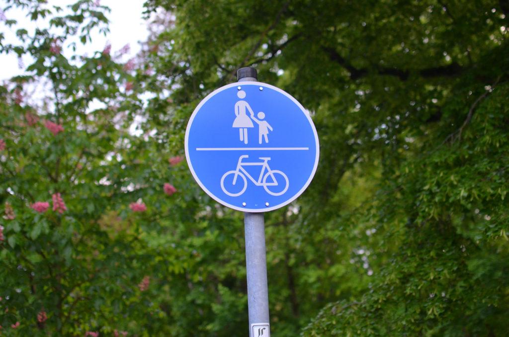 Fahrradweg in der Zanderstraße (Bild: Petra Ihm-Fahle)