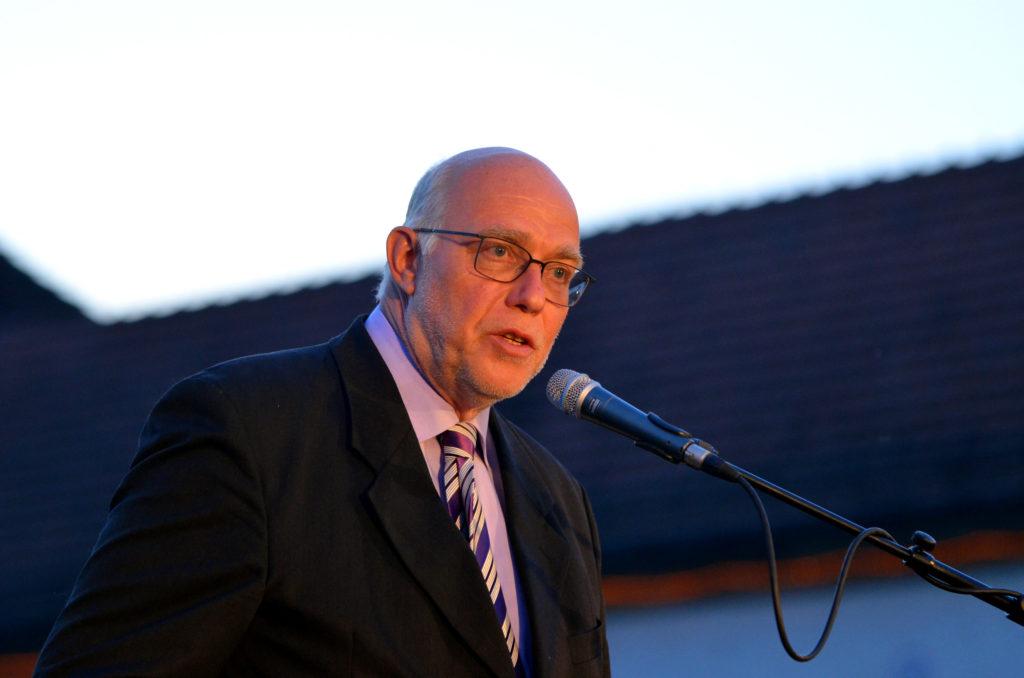 Achim Bädorf hält die Festrede bei der Quellendankfeier im Jubiläumsjahr. (Bild: Petra Ihm-Fahle)