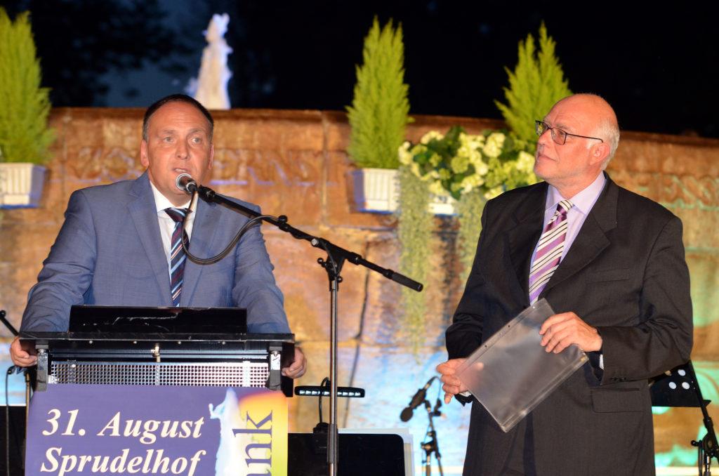 Bürgermeister Klaus Kreß (links) und Festredner Achim Bädorf. (Bild: Petra Ihm-Fahle)